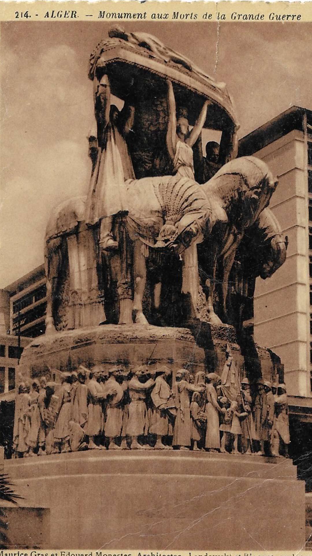 Alger-18-Monument-aux-morts