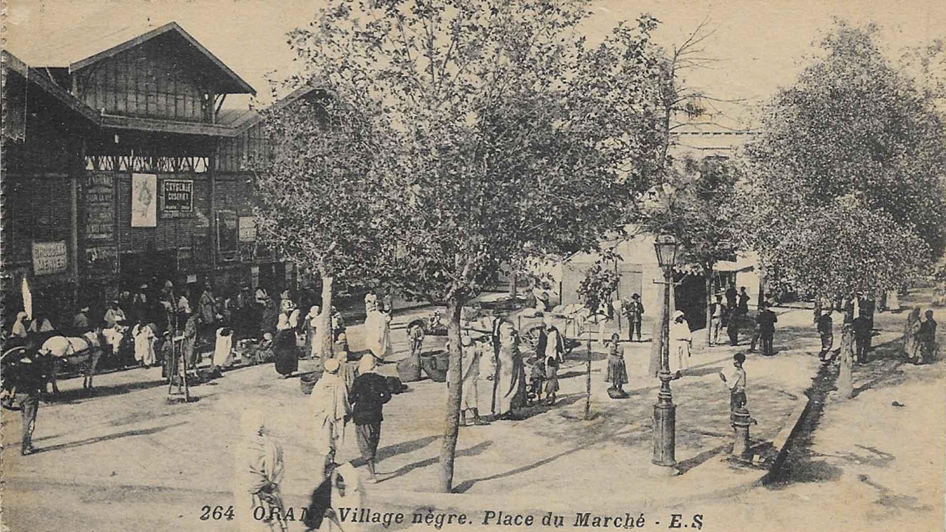 Oran-Village-Negre-Marche