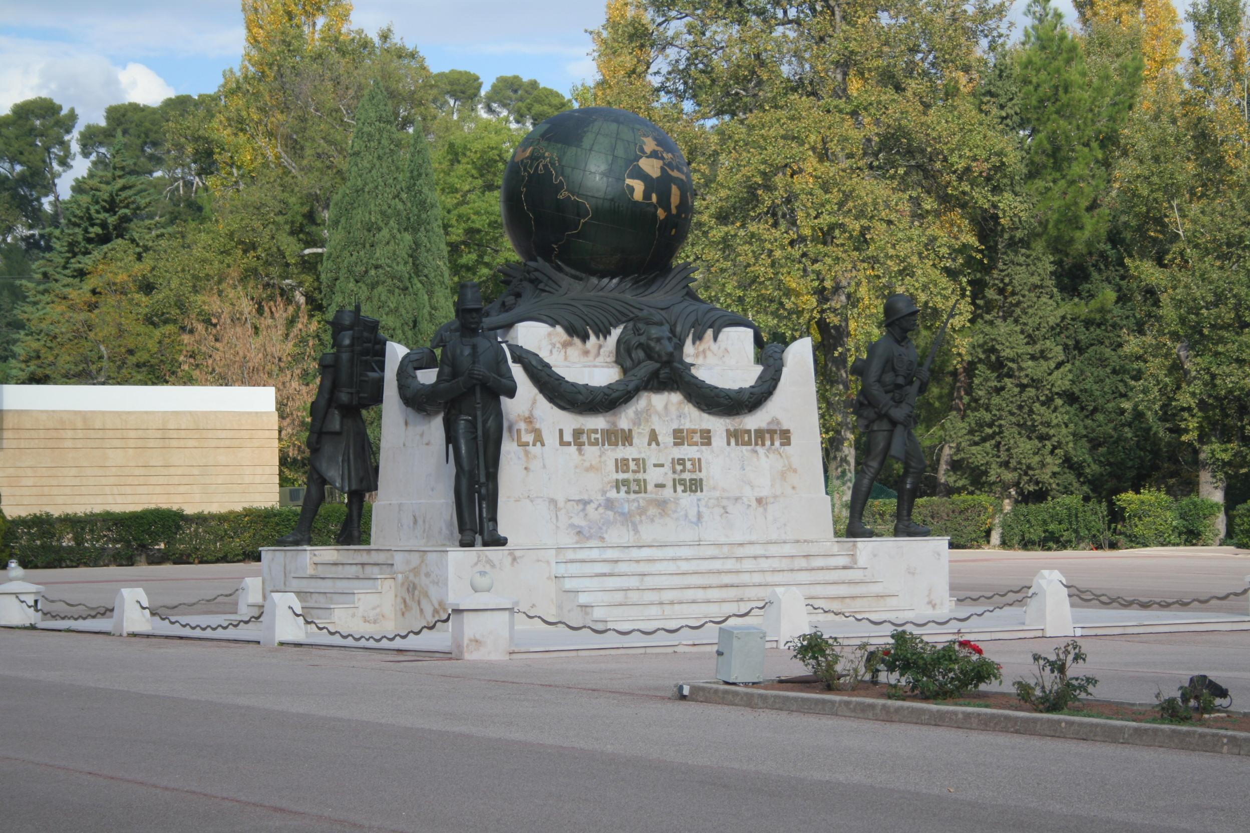 Sidi_Bel_Abbes_Monument_morts_legion